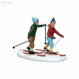 LEMAX  COUNTRY SKIERS