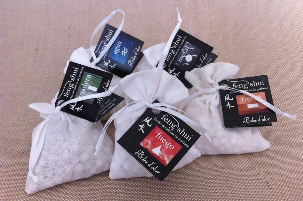 Boles d'olor, Fen shui, microesferas. Disponibles en nuestra tienda Albina Bosch en Vielha, Val d'aran.