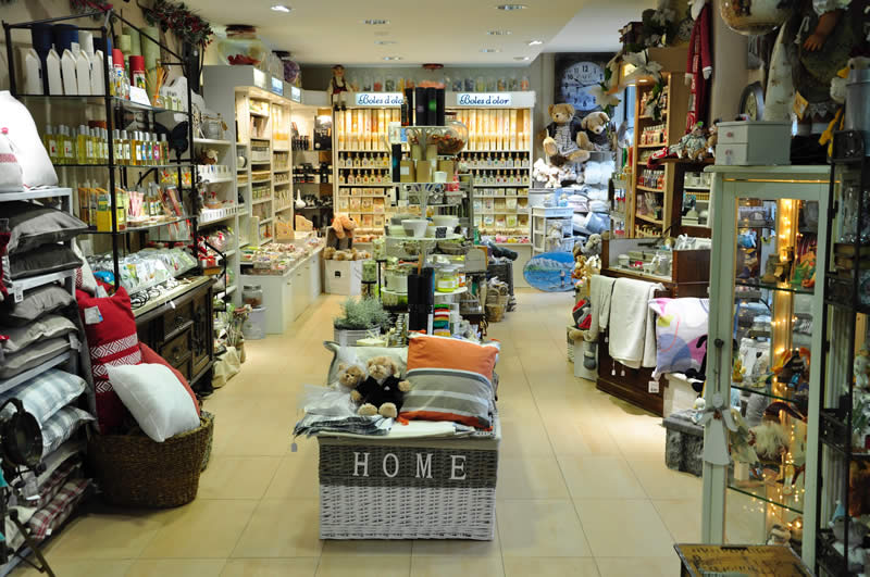Tienda de regalos, objetos de decoración y aromas para tu hogar