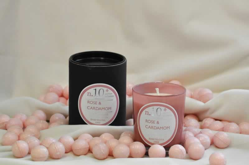 San-Valentin-velas-aromas-rosa-cardamomo-Albina-Bosch-Vall-dAran