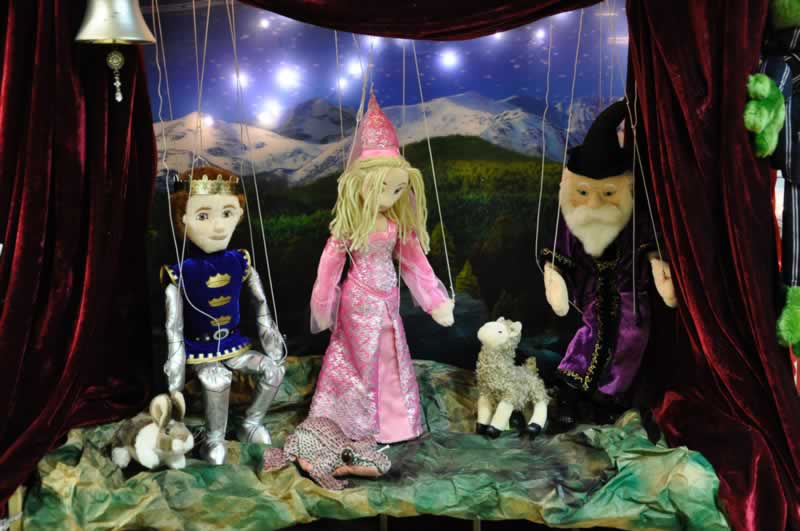 marionetas-disfraces-carnaval-2017-vall-daran-albina-bosch