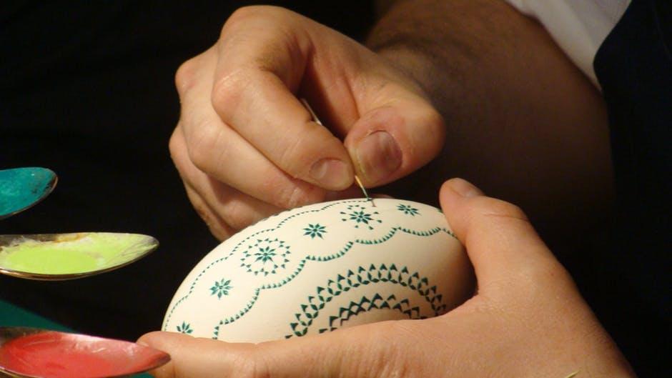 art-painting-easter-huevos-de-Pascua-pintados-a-mano-Albina-Bosch-01
